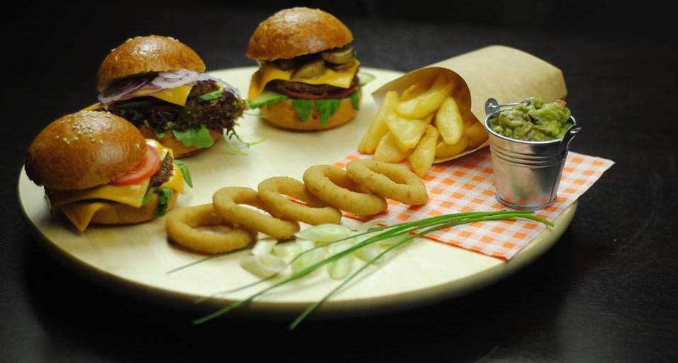 V ponuke máme aj chutné hamburgery